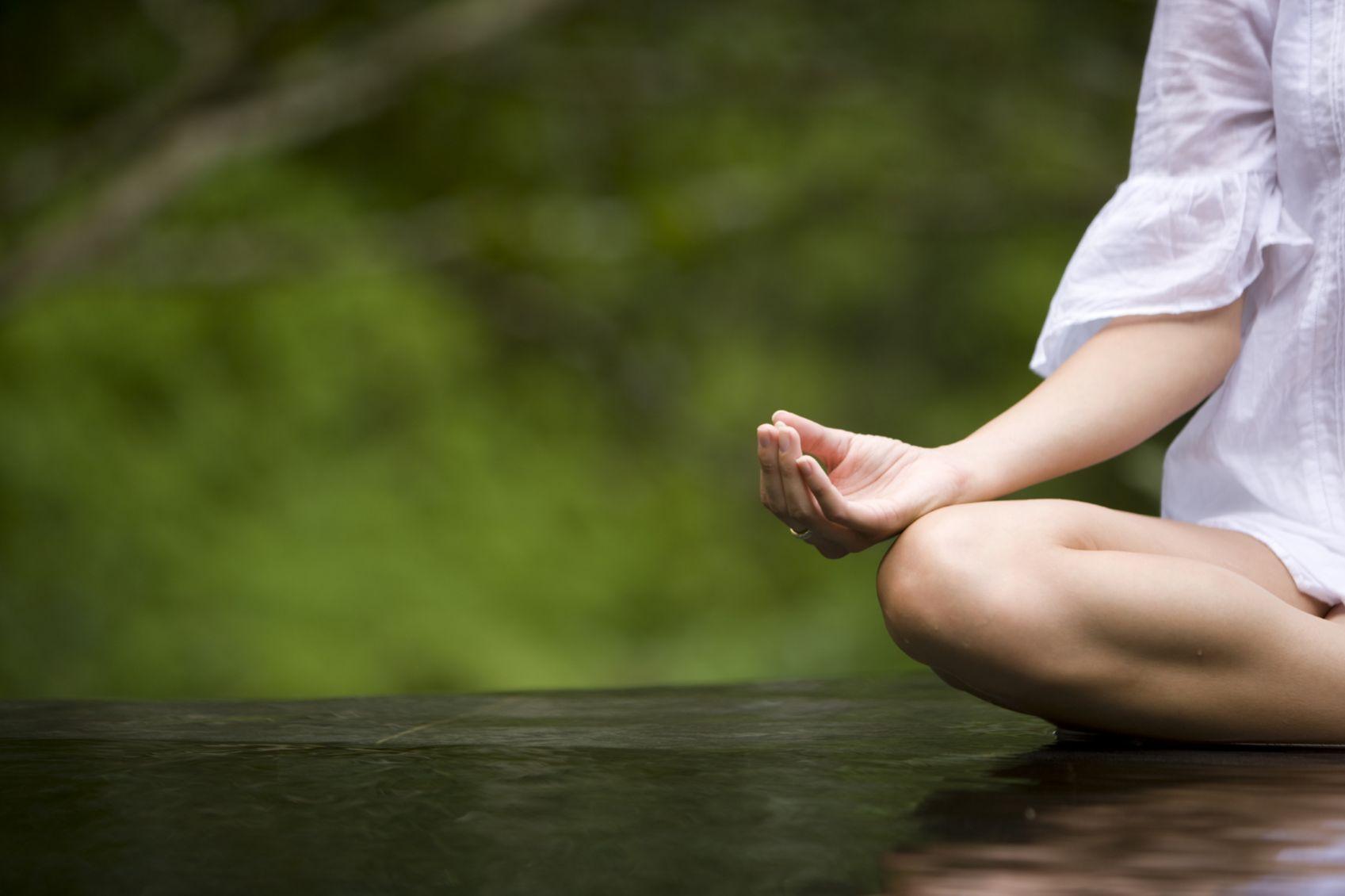 meditación aliviar síntomas ansiedad y depresión